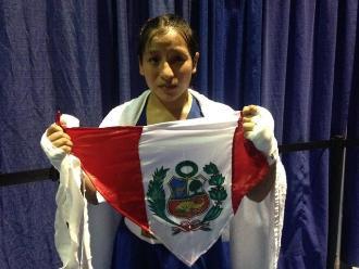 Toronto 2015: Boxeadora Barrientos peleó con la bandera de Perú en la cabeza