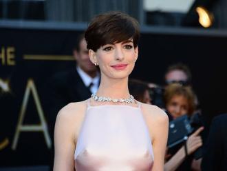 Anne Hathaway predijo quién ganará el Oscar en 2016