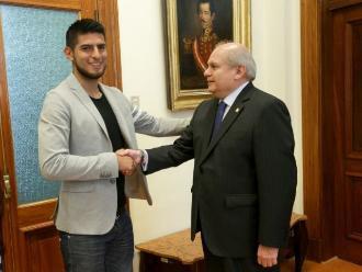 Selección peruana: Carlos Zambrano visitó al primer ministro Pedro Cateriano