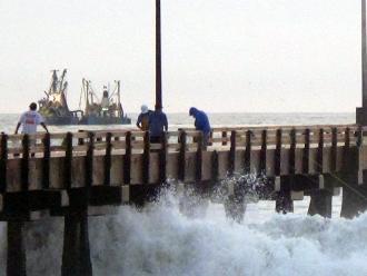 Oleajes ligeros a moderados soportará litoral sur y centro
