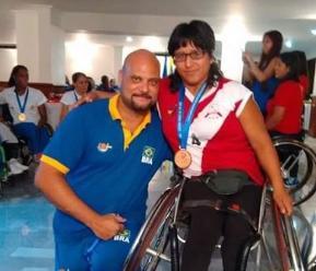 Mujeres coraje integran selección de baloncesto en silla de ruedas de Perú