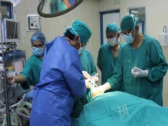 Trujillo: extirpan tumor de 4 kilos en Hospital de Alta Complejidad
