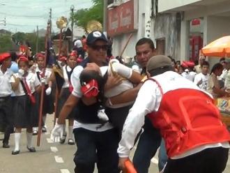 Yurimaguas: 30 alumnos desmayados dejó desfile por Fiestas Patrias