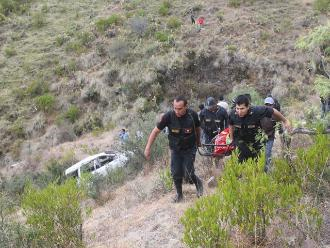 Cusco: 11 personas muertas y 41 heridos dejó caída de camión a laguna