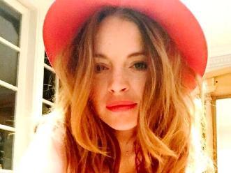 Lindsay Lohan presenta adelanto de su nuevo libro