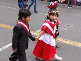 Ica: con estampas costumbristas y alegóricas celebran Fiestas Patrias