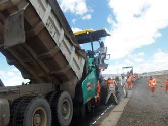 Trujillo: paralizan obra Autopista del Sol por infiltración de delincuentes