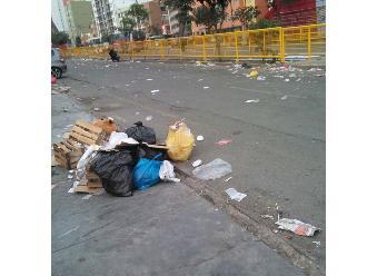 Parada Militar: calles de la avenida Brasil terminaron sucias