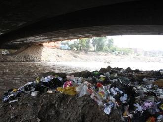 Puno: denuncian contaminación de río por procesamiento de quinua