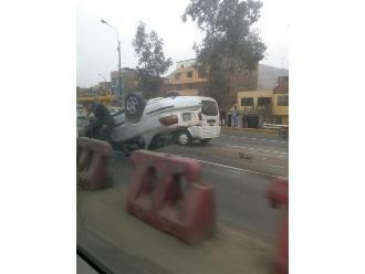 WhatsApp: el vuelco de furgoneta ocasionó congestión en la Vía de Evitamiento