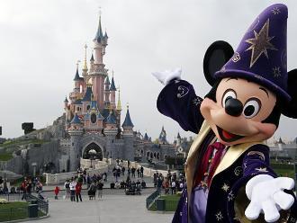 Investigan a Disneyland París por supuestos precios discriminatorios
