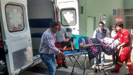 Arequipa: despiste y vuelco de automóvil deja 4 heridos