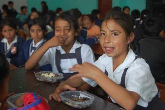 Lambayeque: ocho proveedores se encargan del reparto del desayuno escolar
