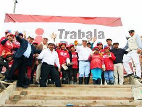 Huacho: ministro de Trabajo visitó obras del programa