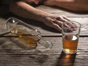 Alcoholismo, enfermedad que contagia a toda la familia