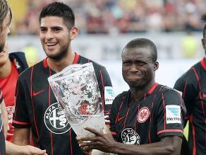 Eintracht Frankfurt con Carlos Zambrano ganó la Main Finance Cup