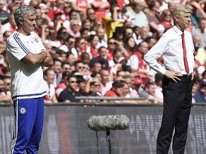 Mourinho felicitó a todo el plantel del Arsenal, menos a Wenger