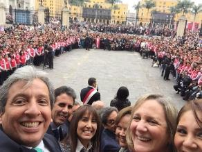 Pulgar Vidal publicó selfi tomado durante discurso de Humala