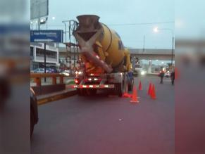 Surco: hombre murió atropellado por un camión de cemento