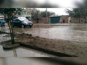 WhatsApp: vecinos perjudicados por aniego de grandes proporciones en Huachipa