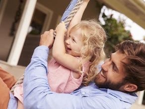 Así evitan los padres que sus hijos desarrollen habilidades de liderazgo