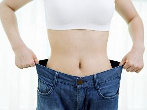 ¿Cómo bajar de peso sin perder musculatura?