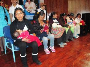 Destacan que Perú es líder en lactancia materna en América Latina