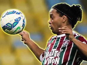 Ronaldinho: Crack del Fluminense realiza otra genialidad