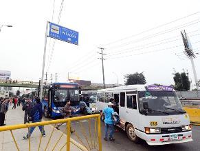WhatsApp: Combis impiden realizar labor a buses de servicio regulado
