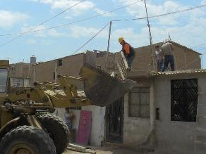 Chiclayo: inician limpieza de techos en pueblo joven 9 de octubre