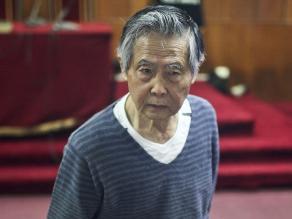 Trasladan a Alberto Fujimori a una clínica