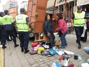 Huaral: desalojan de vías públicas a comerciantes con discapacidad