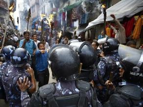 Nepal: más de cien detenidos durante huelga contra la Constitución