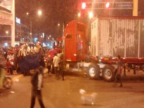 WhatsApp: ambulantes bloquean Carretera Central y generan inseguridad