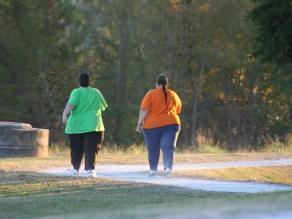 La aspirina podría ayudar a prevenir cáncer en personas con sobrepeso