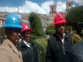 Puno: mineros protestan Corporación Ananea por deuda