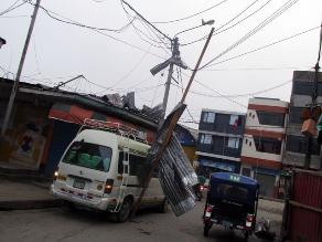 Satipo: pobladores se quedan sin luz tras fuertes lluvias y vientos