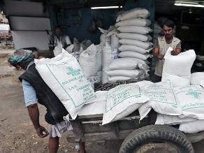 Habría déficit mundial de azúcar en 2016 pero no una escasez, advierten