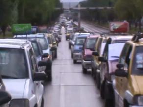 Trasladan vehículos 'tico' de otros departamentos al Cusco