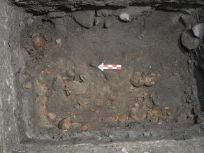Hallan altar de cráneos prehispánico en la Ciudad de México