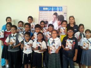 Chiclayo: SIS entregó 390 lentes correctores a niños de zonas rurales