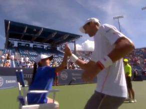 Masters de Cincinnati: Djokovic chocó los cinco con una niña