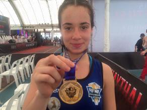Peruana María Paula Buzaglo es campeona mundial de Muay Thai