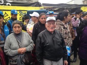 Más de 2 mil adultos mayores desfilaron por la Plaza de Armas de Arequipa