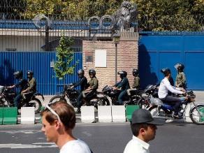 Reino Unido retoma relaciones con Irán con reapertura de embajada