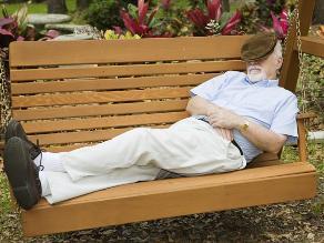 Dormir en entornos naturales mejora la calidad del sueño