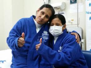 Sexagenaria salva la vida de su hija donándole un riñón