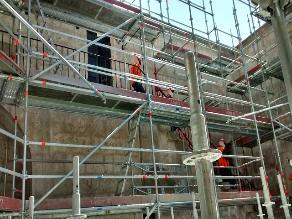 Inician limpieza y mantenimiento de iglesias de Arequipa