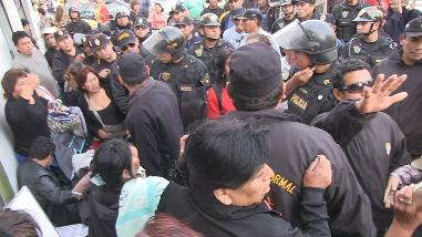 Ambulantes se resisten a dejar calles de Trujillo