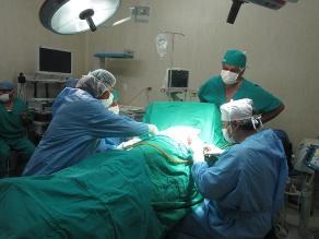 Tacna: extraen de manera exitosa un tumor de pleura a joven de 17 años